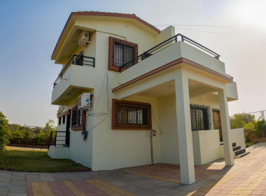 3 BHK Bungalow Outside View 02